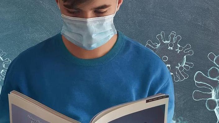 wales schools masks