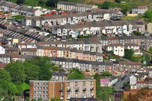 700,000 living in poverty in Wales, report finds