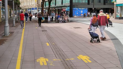 Social distancing guidelines on Queen Street to decrease COVID-19 cases