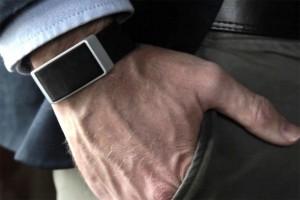 wellbe-bracelet-pocket-2-970x647-c